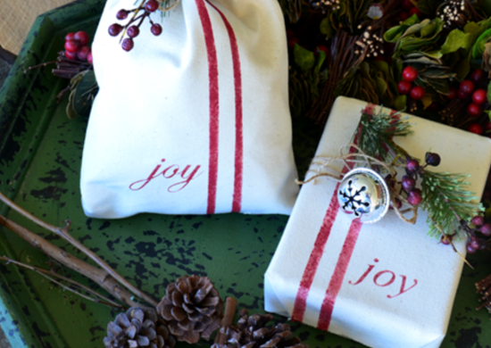How_to_wrap_a_gift_-_canvas