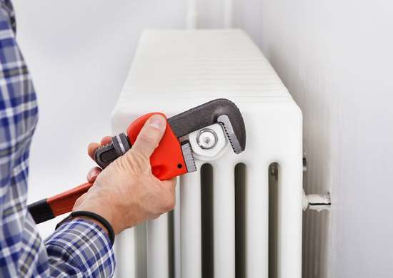 Bleeding the radiator