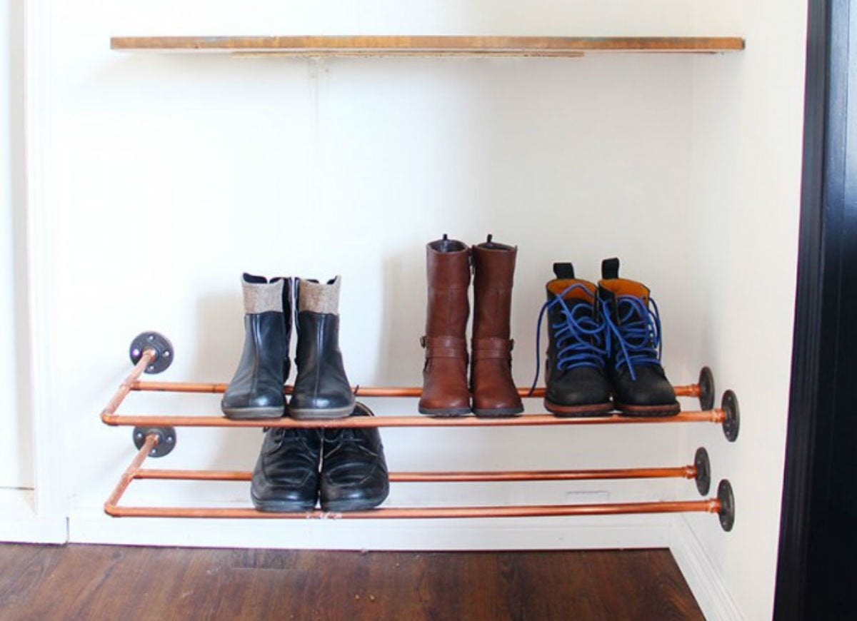 Check snow and slush   copper shoe rack