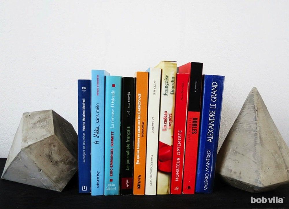 Diy diamond concrete bookends ohoh blog   main 1