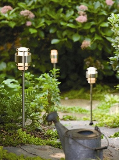 Wayfair.com hinkley lighting saturn path lighting in stainless steel 400x536