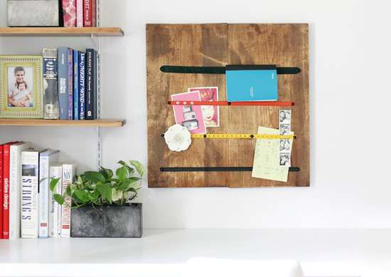 Turn Belts and Scrap Wood into a Memo Board