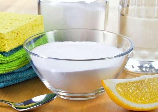 Lemon and salt to remove rust