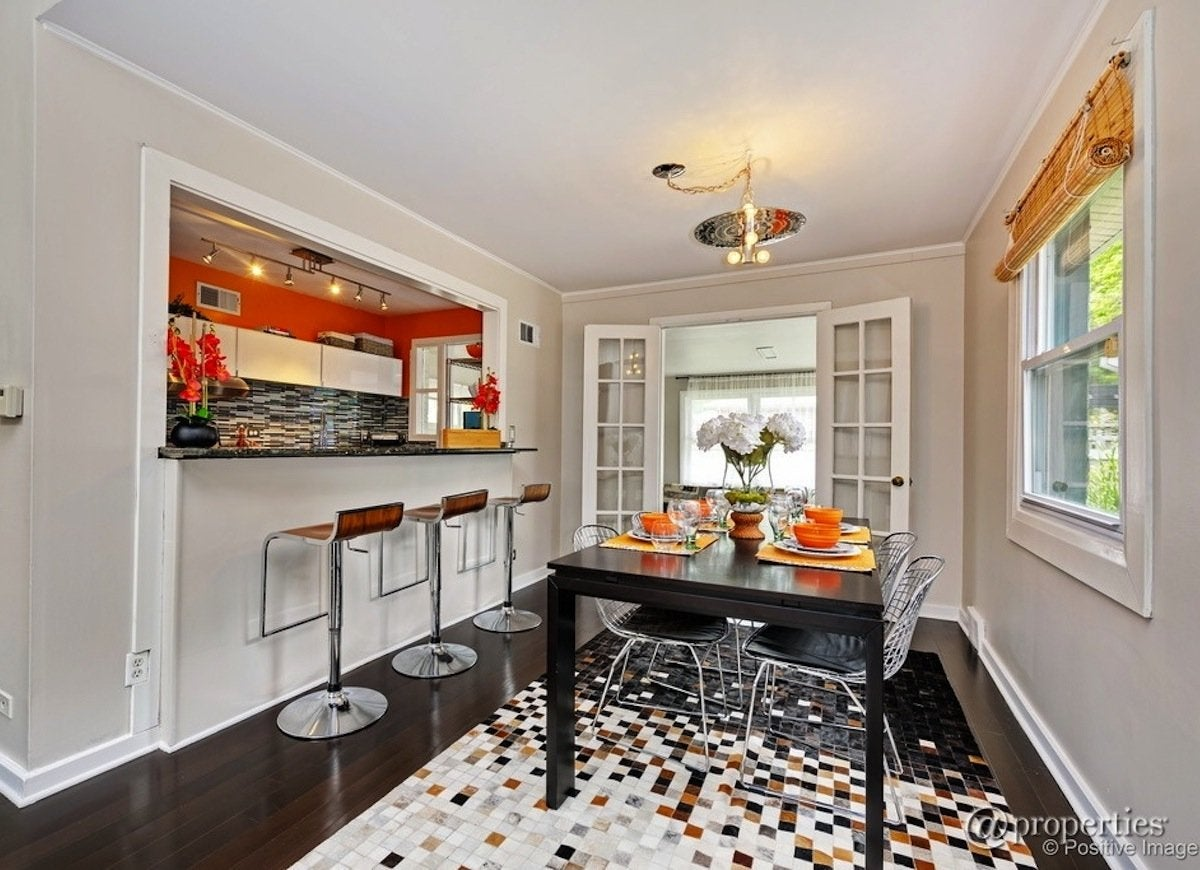 Photo: Zillow Digs Home In Skokie, IL. If Your Dining Room ...