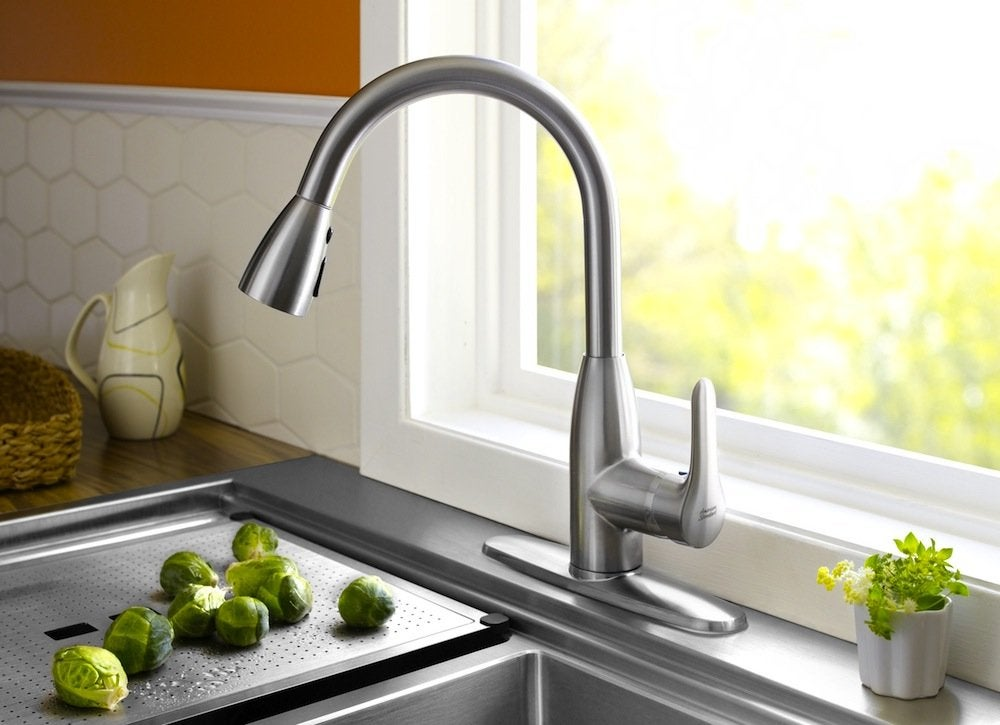 Pull down faucet
