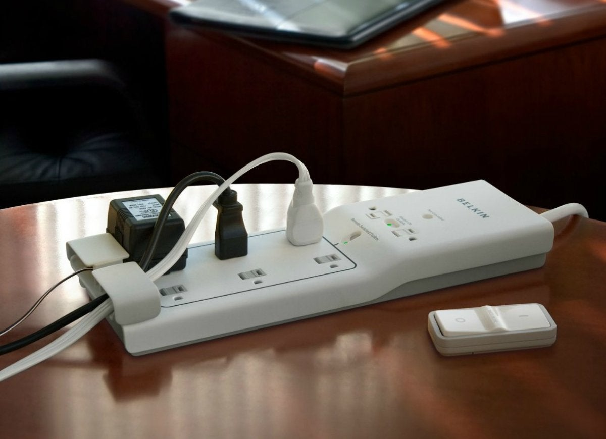 Belkin surge protector switch