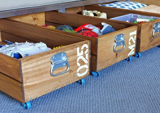 Underbed storage carts
