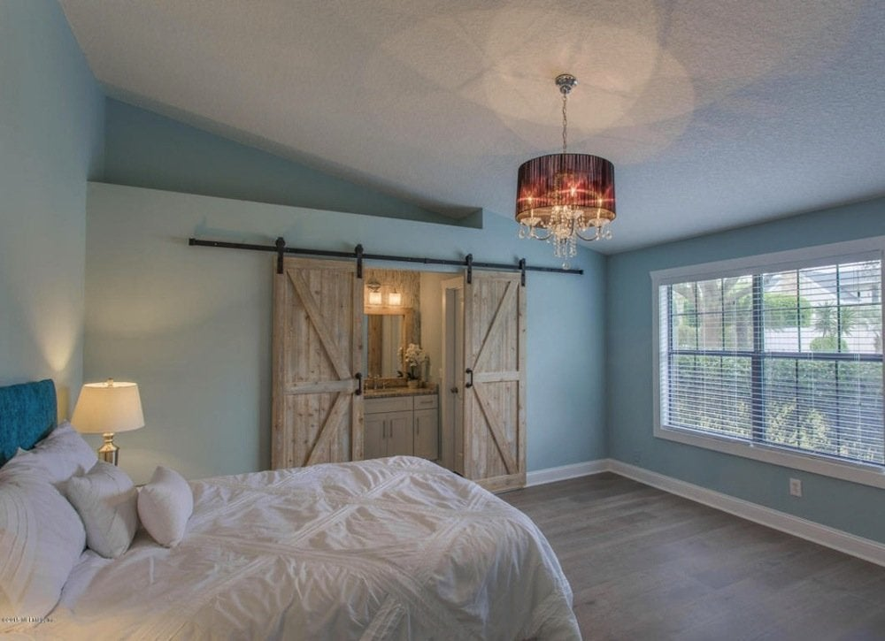sliding doors for small spaces small bedroom ideas 21 ways to live large in your space bob vila. Black Bedroom Furniture Sets. Home Design Ideas