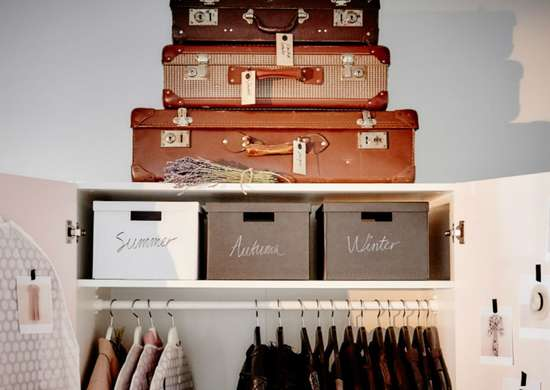 Old_shoeboxes_-_shoe_organizer