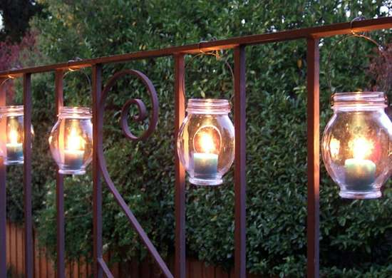 Dollar_store_-_lanterns
