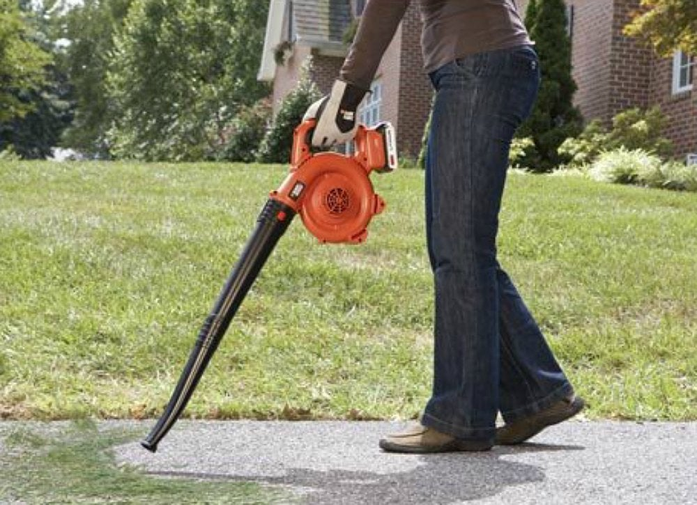 Black decker 20v sweeper