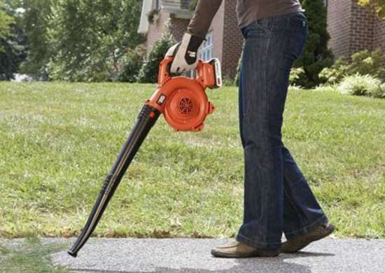 Black-decker-20v-sweeper