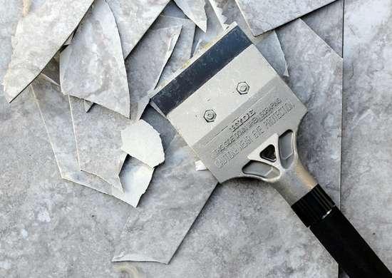 Hyde hammer scraper in use