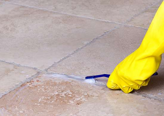 Cleaning_grout