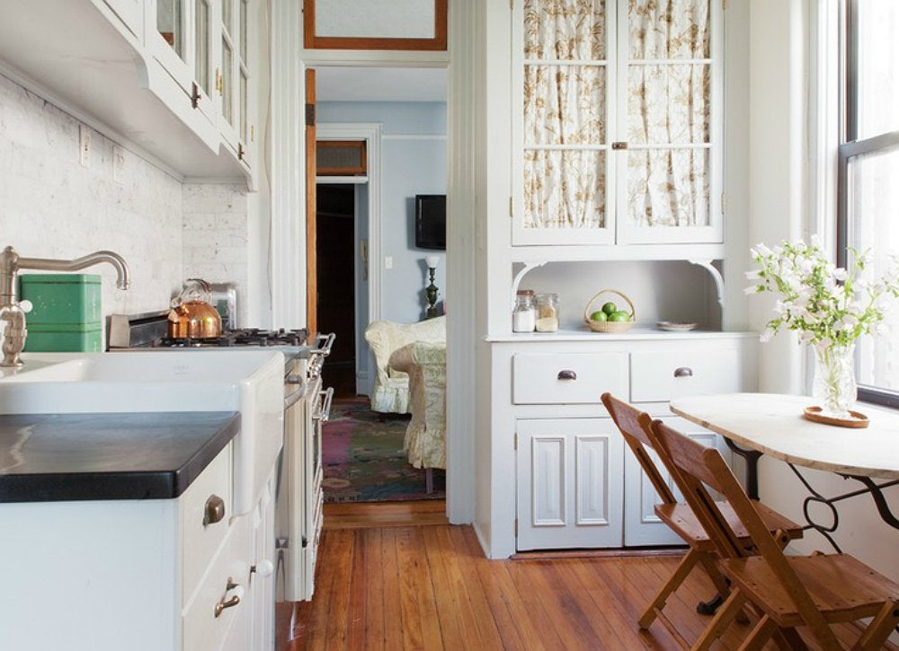 Cool kitchens 18 designs we love bob vila for Cocinas bonitas