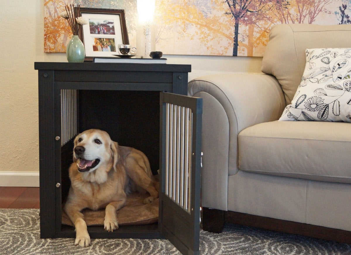 Pet-crate-and-side-table