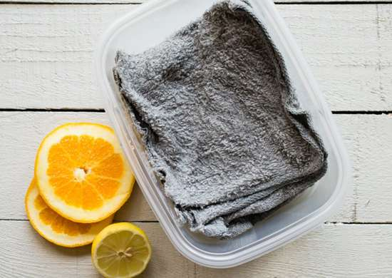 Diy reusable dryer sheets with vinegar and old dish cloths