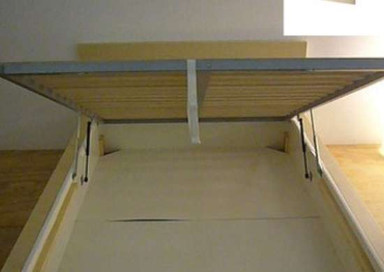 Heathashli.com 4872920309 f2ee952e88 and ikea.com malm bed frame  0159260 pe315698 s4 390x480