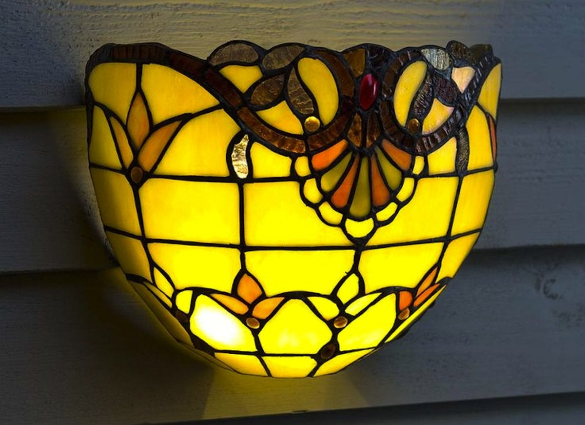 Tiffany style wall sconce