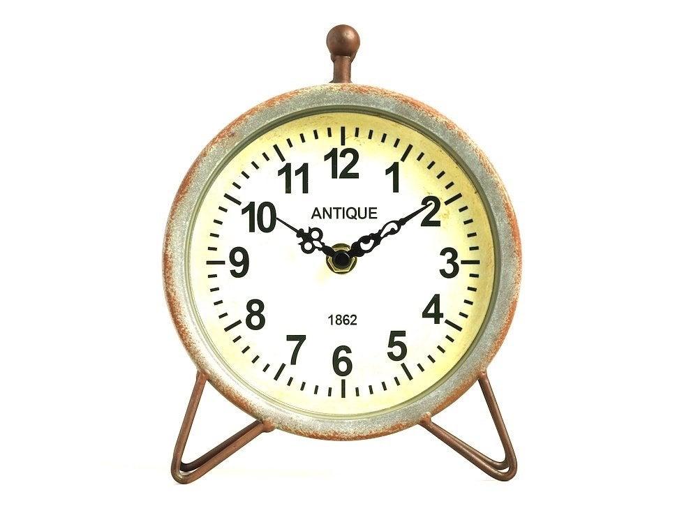 Hairpin clock