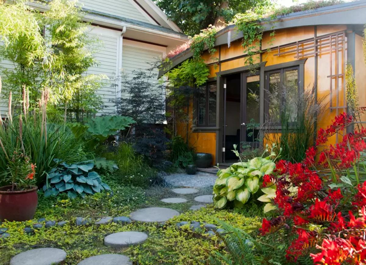 Picture of: Small Backyard Ideas 20 Spaces We Love Bob Vila