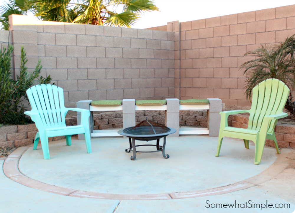 Diy outdoor cinderblock bench