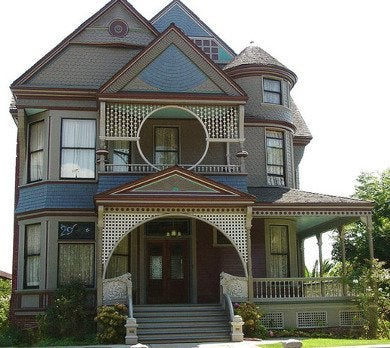 Diynetwork.com ci oracio alvarado queen anne porch s4x3 lg 390x348