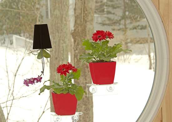 Self watering window shelf planter