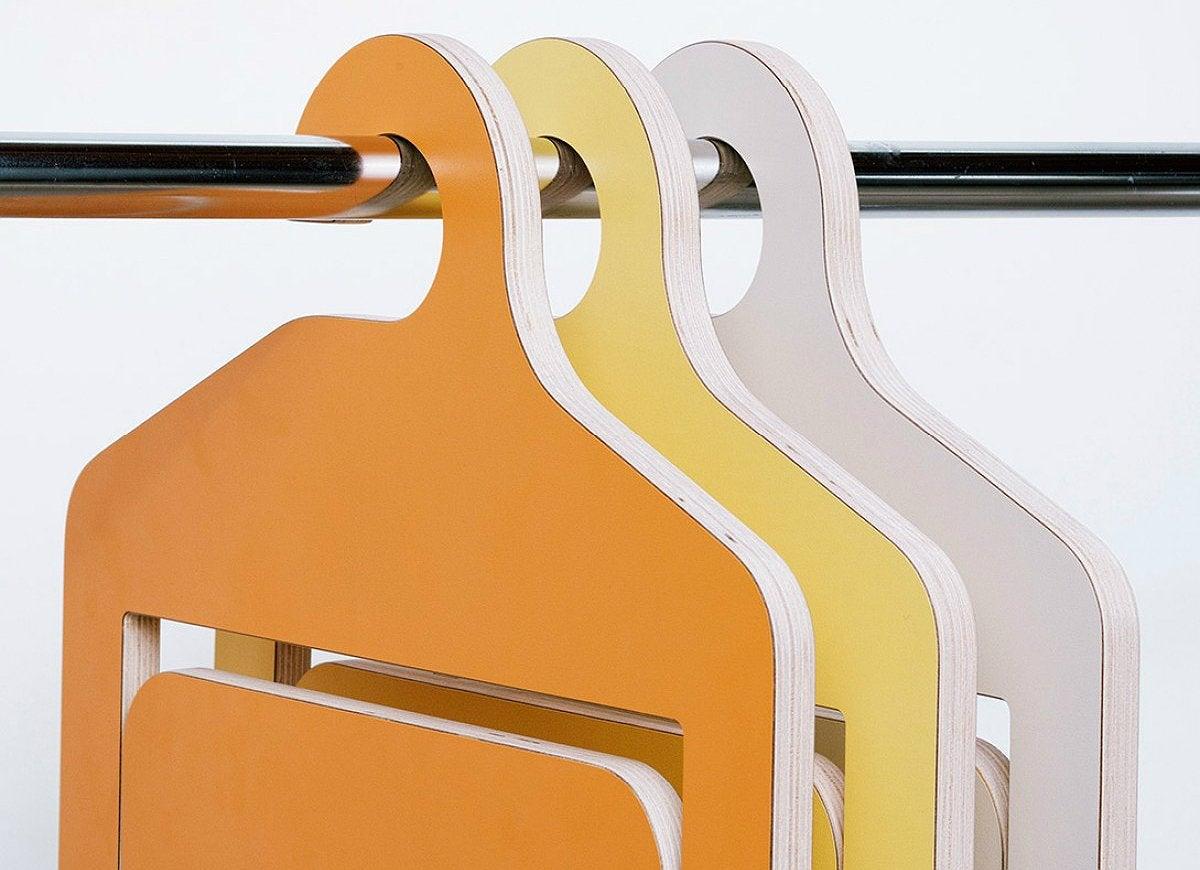 Umbra shift folding hanger chair