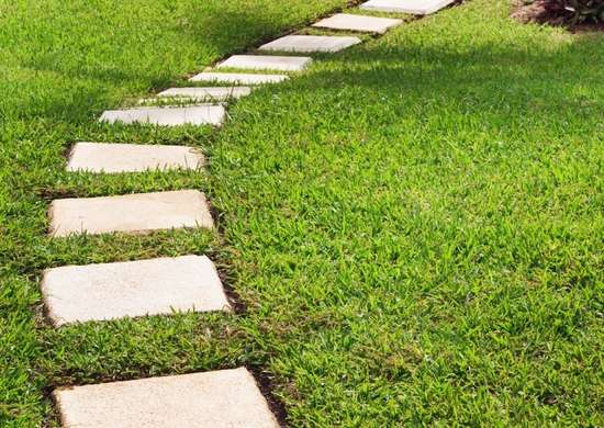 Cast concrete garden stepping stones