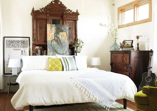Warm-white-bedroom