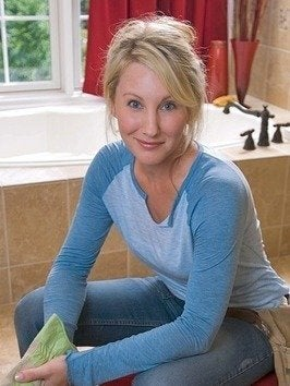 Diynetwork amy matthews sweat equity this new house bob vila interview20111123 36322 icmsjz 0
