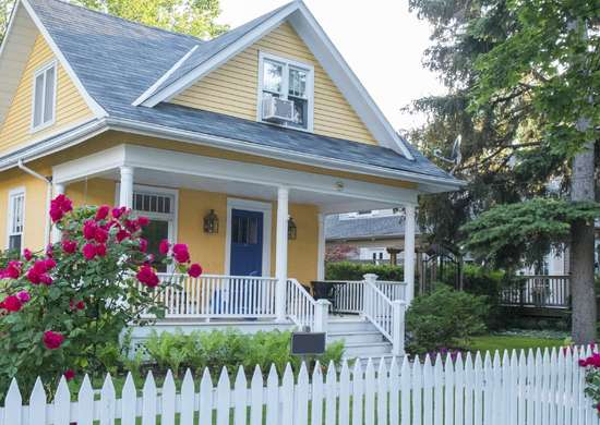New-white-picket-fence