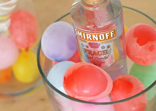 Water balloon ice cubes