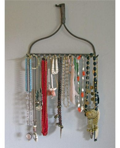 Blog.century-tile.com_sbooriginal_kevi-zupancic-twig-home-rake-jewelry-holder_s3x4_lg_390x480