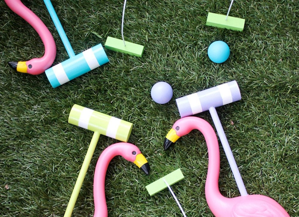 Alice in wonderland croquet set