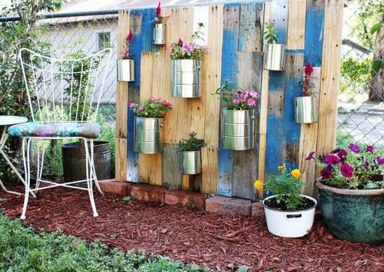 Vertical-fence-garden