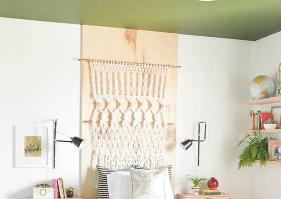 Diy-painted-bedroom-ceiling