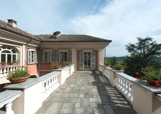 Italian villa airbnb