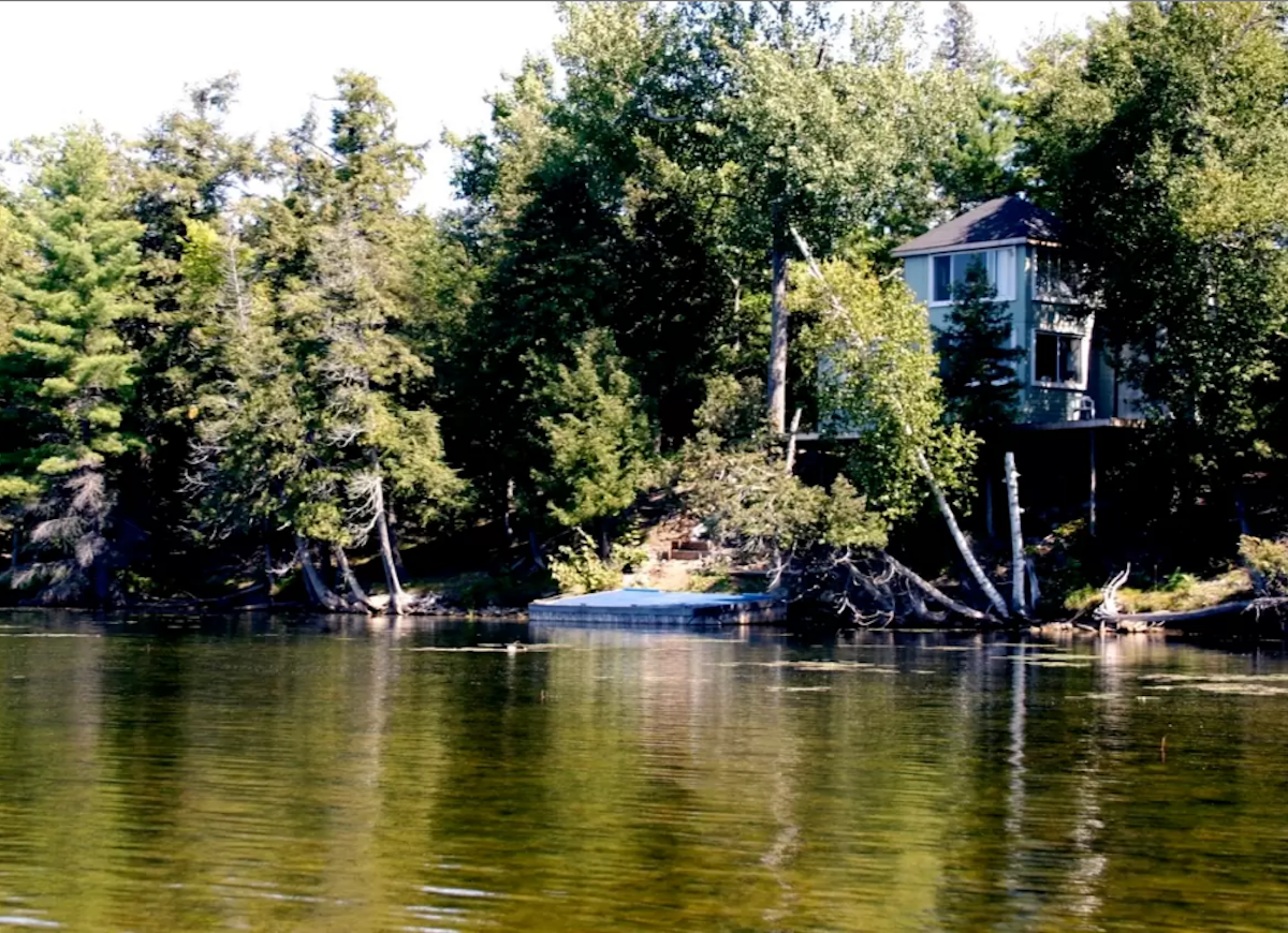 Canadian island cottage airbnb