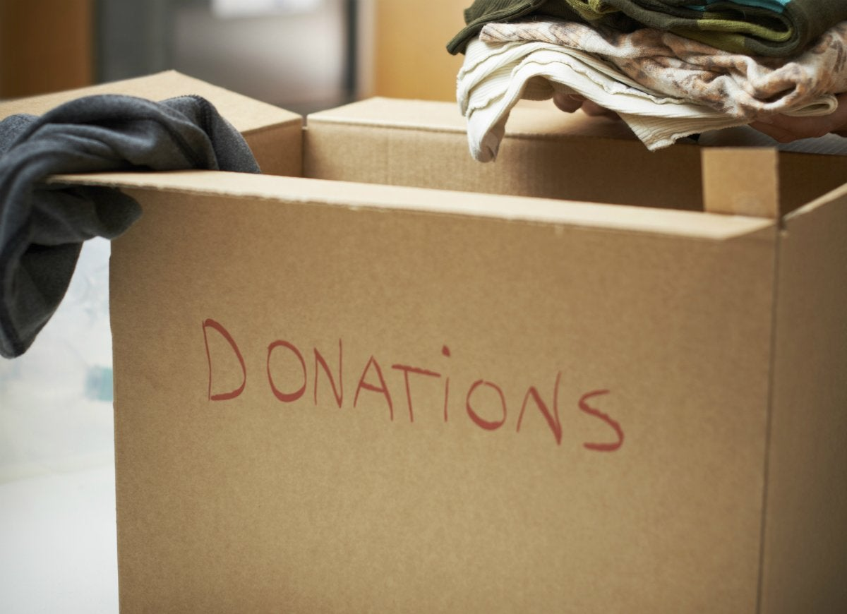 Sell donate unwanted stuff before moving
