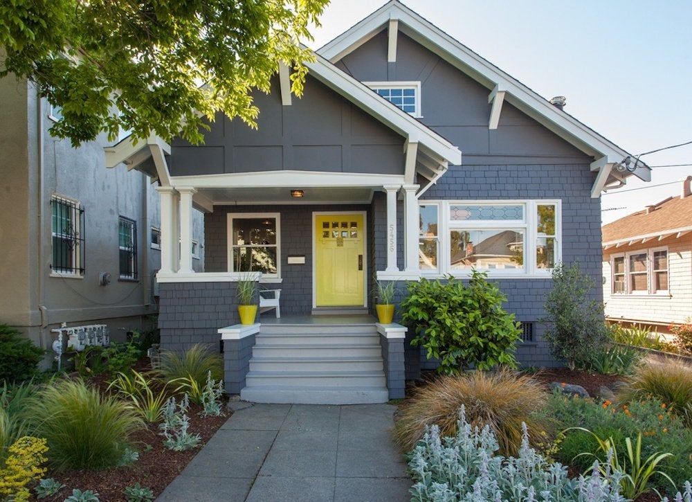 Curb appeal tips 14 afternoon projects bob vila for Bungalow house exterior paint colors in the philippines