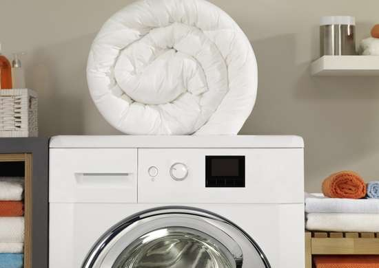 Clean comforter