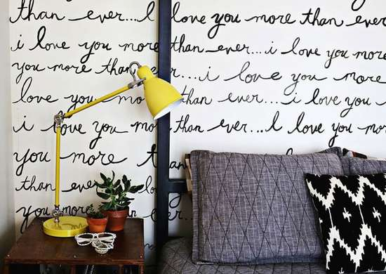 Handwriting wall
