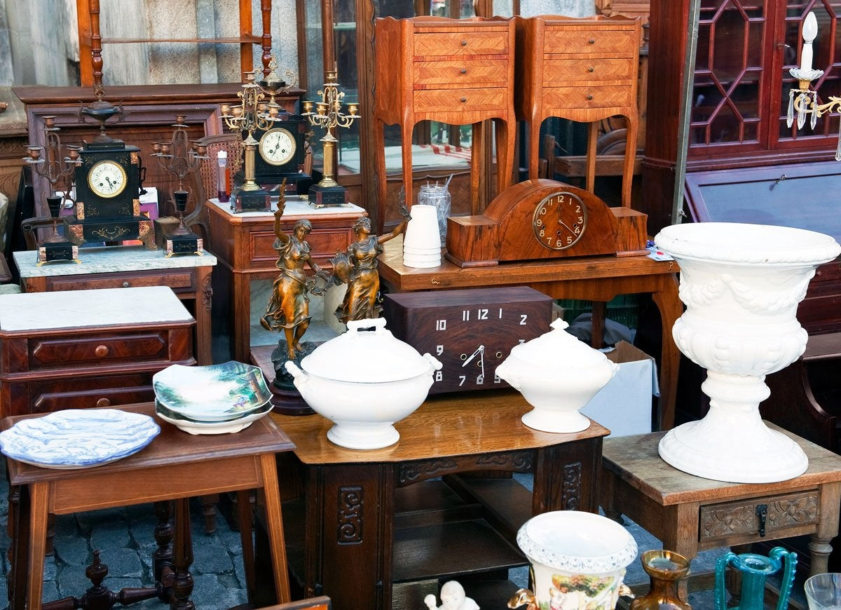Garage sale tips 10 ways to score big bob vila for Furniture yard sale