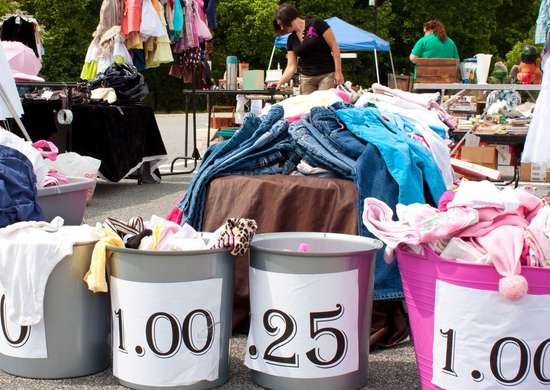 Negotiating Items at a Garage Sale
