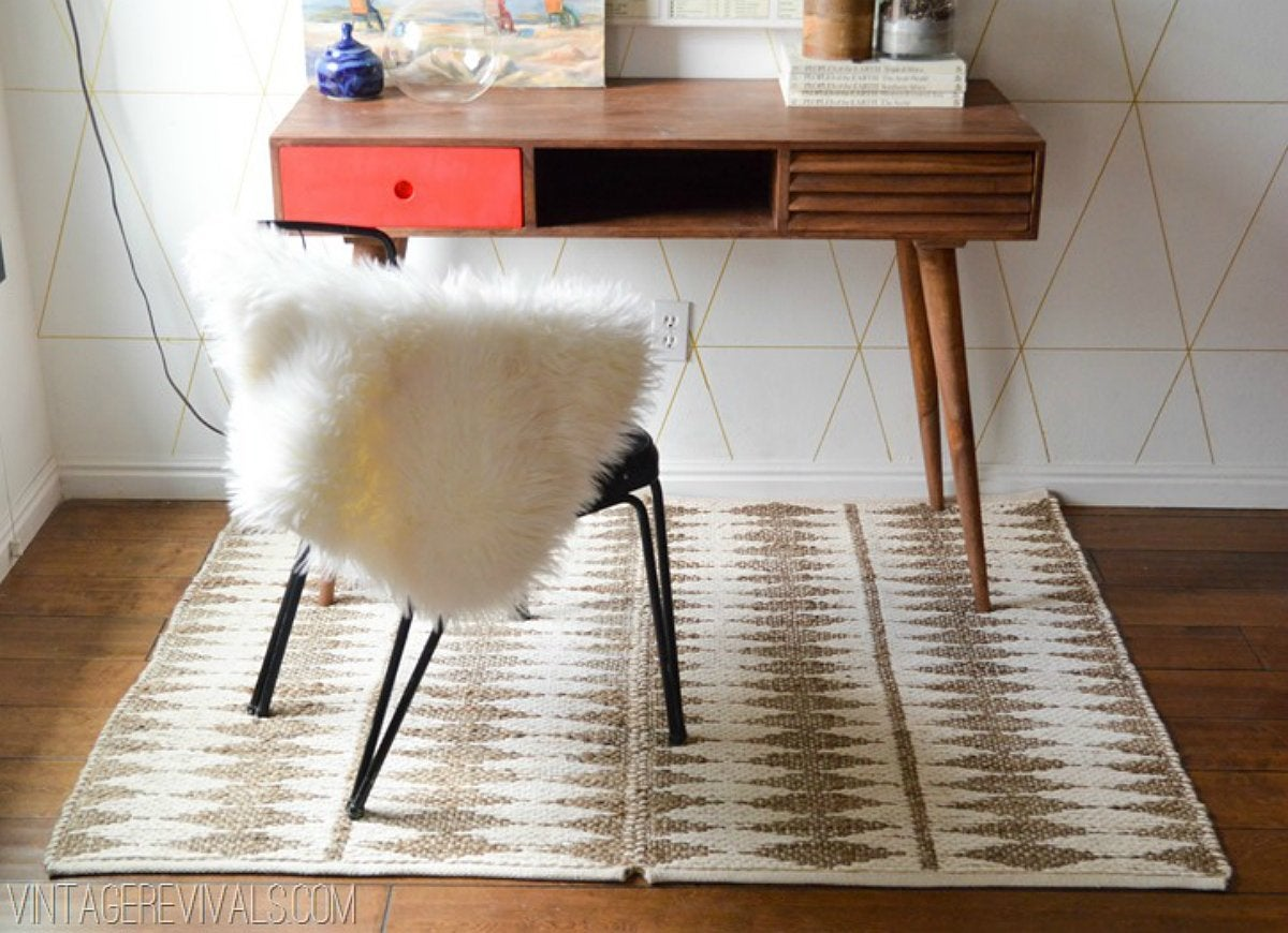 Diy area rug with paper clip