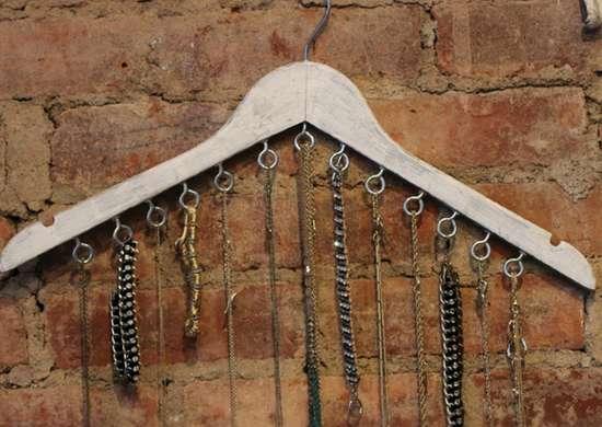 Diy hanger jewelry holder