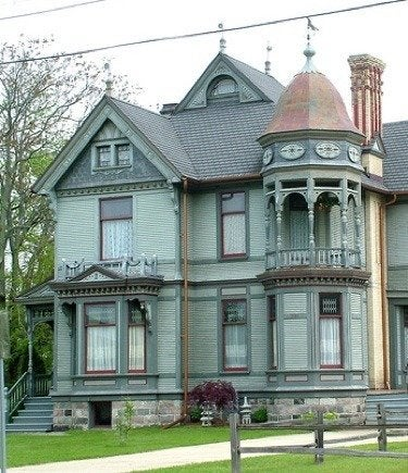 Micharch.blogspot queen anne house style porches