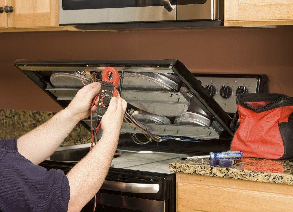Installing-gas-kitchen-range